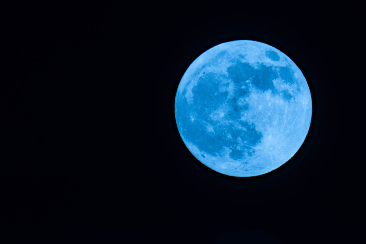 blue moon - photo #43