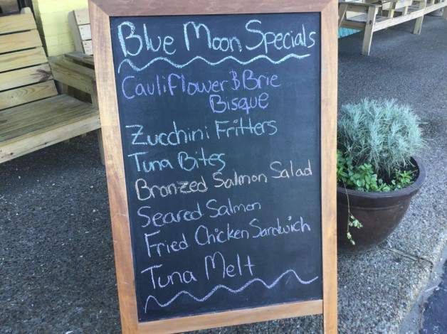 Wednesday Lunch Specials September 19, 2018